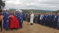 OSMAN KAYMAK - Kazada Hayatını Kaybeden Uzman Çavuş Toprağa Verildi