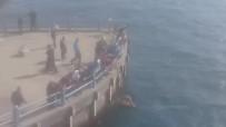 GALATA - Galata Köprüsü'nde İntihar Girişimi