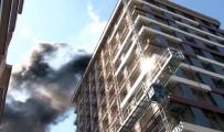 Gaziosmanpaşa'da 14 Katlı İnşaatta Yangın