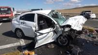 Kırıkkale'de Otomobiller Kafa Kafaya Çarpıştı Açıklaması 7 Yaralı
