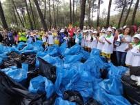Ormana Atılan Cansız Manken Ve Lastikler Çöp Toplayan Çocukları Şaşkına Çevirdi