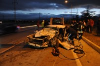 Sandıklı'da Meydana Gelen Trafik Kazasında  1 Kişi Öldü 2 Kişi Yaralandı