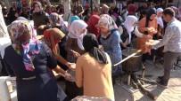 AŞURE GÜNÜ - Yahşihan'da 10 Bin Kişiye Aşure İkram Edildi