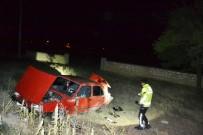 Kontrolden Çıkan Otomobil Şarampole Takla Attı