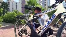 AHMET DEMIRCAN - 'Şortlu Polis Mi Olur Deyip İnanmıyorlar'