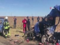ODESSA - Akaryakıt Tankeriyle Yolcu Otobüsü Çarpıştı Açıklaması 9 Ölü, 11 Yaralı