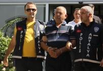 Antalya'da Baltalı Gaspçı Yakalandı