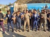 Askerler Şehidin Oğlunu Düğününde Yalnız Bırakmadı
