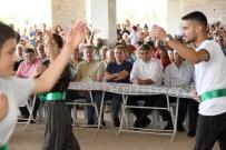HAFTA SONU TATİLİ - Aşure Lokmaları Mezitli'de Paylaşıldı