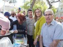 Burhaniye'de AK Partililerin Aşure Hayrı Yoğun İlgi Gördü
