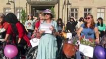 Sandıklı'da 'Süslü Kadınlar' Bisiklet Turu