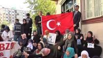 OTURMA EYLEMİ - Şehit Yakınlarından Diyarbakır Annelerine Destek