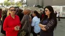 OTURMA EYLEMİ - Vanlı Annelerden Diyarbakır Annelerine Destek