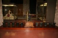 YILDIZ SARAYI - Saray Koleksiyonları Müzesi Vatandaşların İlgi Odağı Oldu