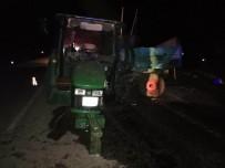 Traktöre Çarpıp Savrulan Kamyon Tarladaki Çiftçiyi Ezdi Açıklaması 1 Ölü, 2 Yaralı