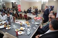 BAYBURT ÜNİVERSİTESİ REKTÖRÜ - Bayburt'ta Yaşayan Göçmenler Yemekte Bir Araya Geldi