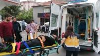 Gebze'de Motosikletle Kamyonet Çarpıştı Açıklaması 1 Yaralı