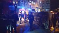 Gaziosmanpaşa'da İki Araç Çarpıştı Açıklaması 3 Yaralı