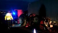 Kamyon İle Traktör Çarpıştı Açıklaması 3 Yaralı