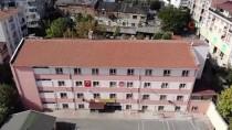 Deprem Nedeniyle Tatil Edilen Okul Havadan Görüntülendi