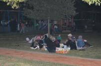 İstanbullular geceyi parkta geçirdi