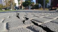 Silivri'de Önceki Çatlaklar Deprem Sonrası Daha Da Büyüdü