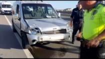 Kocaeli'de Otomobille Hafif Ticari Araç Çarpıştı Açıklaması 2 Yaralı