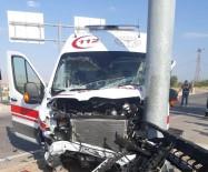 Malatya'da Ambulansla Otomobil Çarpıştı Açıklaması 1 Yaralı