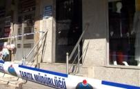 Sultangazi'de Depremin Ardından 6 Katlı Bina Mühürlendi