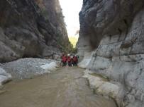 TEKNIK MALZEME - AKUT Eskişehir Ekibi Harmankaya Kanyonunda İncelemelerde Bulundu