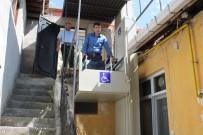 Kastamonu'da Diyalize Giderken Kucakta Taşınan Hastanın Yardımına Kaymakamlık Koştu