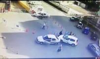 (Özel) Hastane Bahçesinde Tekmeli Sopalı Kavga Kamerada