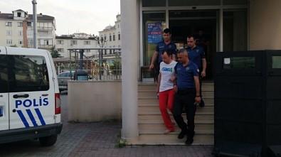 Sosyal deney yapmak isterken, linçten polis kurtardı