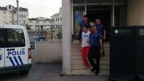 NECATI ÇELIK - Sosyal deney yapmak isterken, linçten polis kurtardı