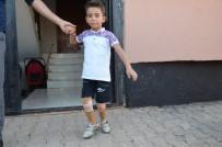 Suriyeli Yetim Muhammed, Kaybettiği Bacaklarına Türkiye'de Kavuştu