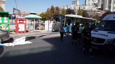 Başkent'te Halk Otobüsü Yolcu Dolu Durağa Girdi Açıklaması 3 Ölü