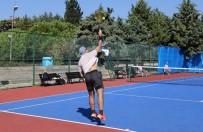 Büyükçekmece'de Tenis Turnuvasına Büyük İlgi
