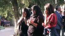Kızının Yanında Öldürülen Babanın Cenazesi Toprağa Verildi