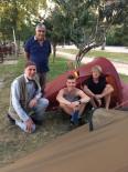 Türkiye'yi Otostopla Gezecekler