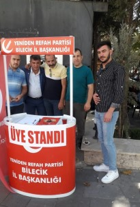 Yeniden Refah Partisi Stant Açtı