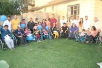 El Emeği Ürünleri Satarak 72 Engelli Vatandaşa Sandalye Hediye Etti