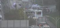 Esenyurt TEM Bağlantı Yolunda 7 Araçlık Zincirleme Trafik Kazası Açıklaması 1'İ Ağır 5 Yaralı