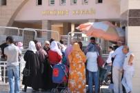 'Kanada'ya Mülteci Alınacak' Yalanı, Suriyelileri Valilik Binasına Akın Ettirdi