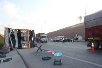 Kuzey Marmara Otoyolu'nda Tır İle Kamyon Çarpıştı Açıklaması 2 Yaralı