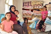 Üvey Oğlu Tarafından 4 Çocuğuyla Sokağa Atıldı