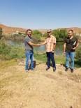 Avanoslu Balıkçı Kızılırmak'a 30 Bin Sazan Yavrusu Bıraktı