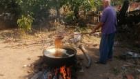 'Çal Garası' Üzümlerden Pekmez Yapımına Başlandı