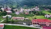 Dağların Eteğindeki 'Hamsiköy' Cezbediyor