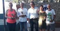 Tenisçiler 'Zafer Kupasında' Çarpıştı