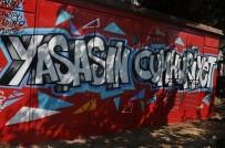 KARTAL BELEDİYESİ - 'Yaşasın Cumhuriyet' Graffitileri, Kartal'a Renk Kattı